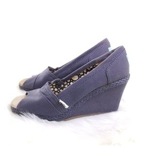 TOMS Women's Platform Wedge Canvas Shoe
